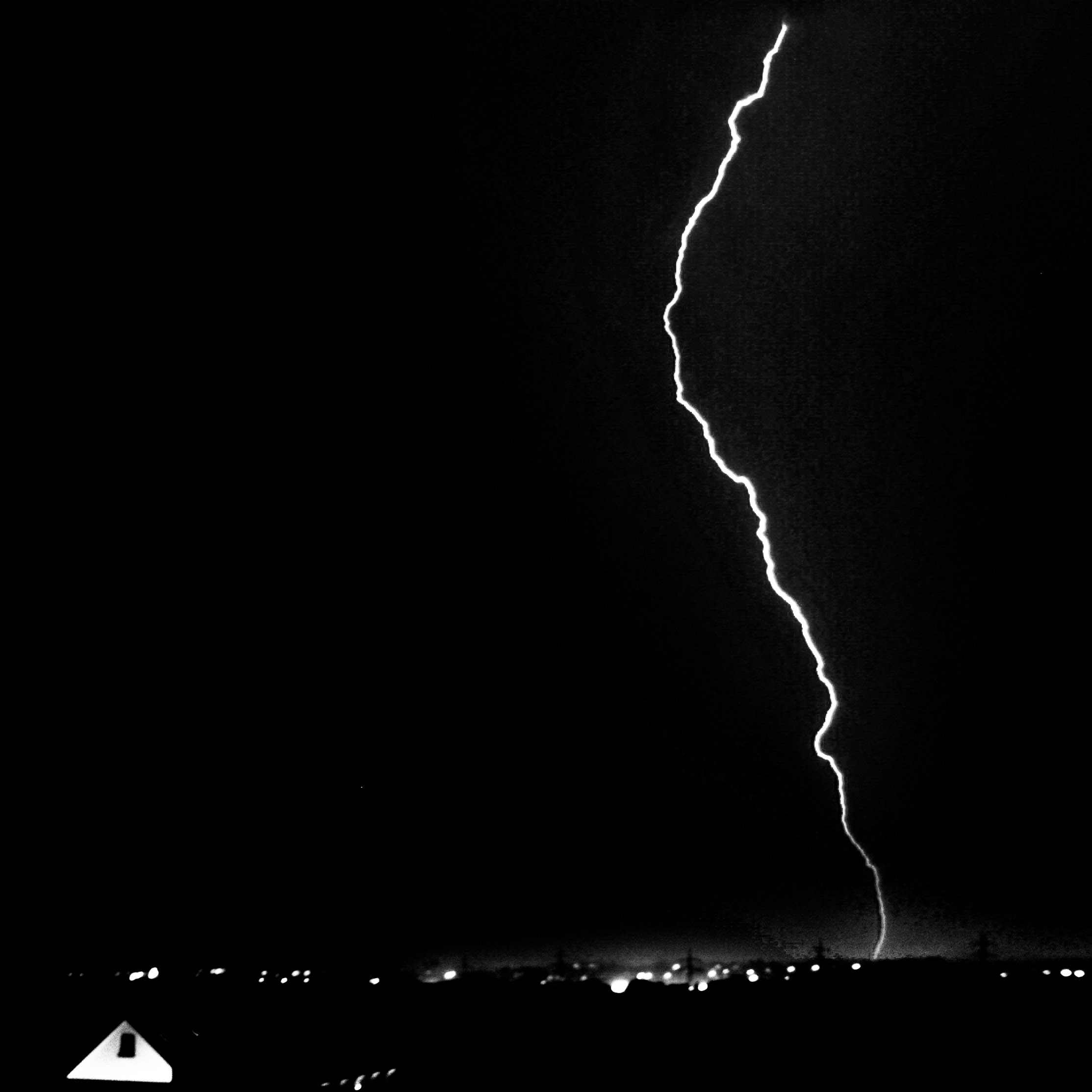 Bild von 1 von 3 Blitzen