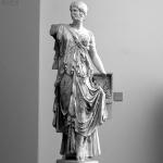 Bild von 1 v 3 Statuen